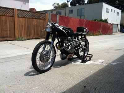Honda Cb175 Cafe Racer 1972 The Er Of This Bike Has Built An Ahrma Race Legal Motorcycle But Kept Lights And License Plate