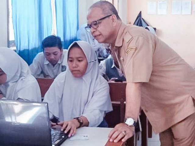 Kadisdik Kota Bandung Monitoring Pelaksanaan USBN SMP