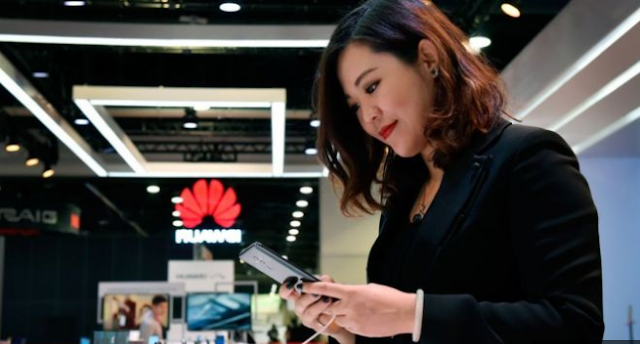 Huawei cell phone deals hit in the midst of US checks