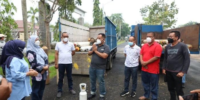 Datangkan 99 Tabung Oksigen dari Palembang, Nanang : Ini Semua Gratis untuk Pasien Covid-19