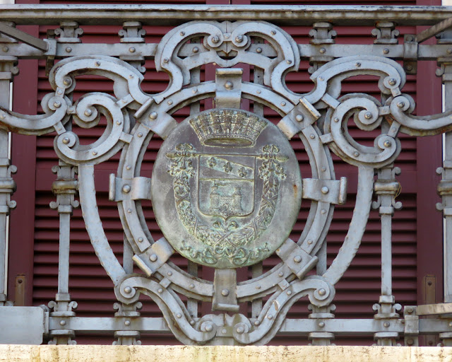 The coat of arms of the Province of Livorno, Palazzo Granducale (Grand Ducal Palace), Piazza del Municipio, Livorno