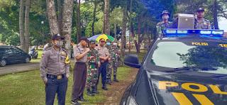 Pencegahan Virus Corona, Gabungan Polri dan TNI Melakukan Public Adress