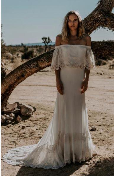 vestido de noiva simples com ombros de fora