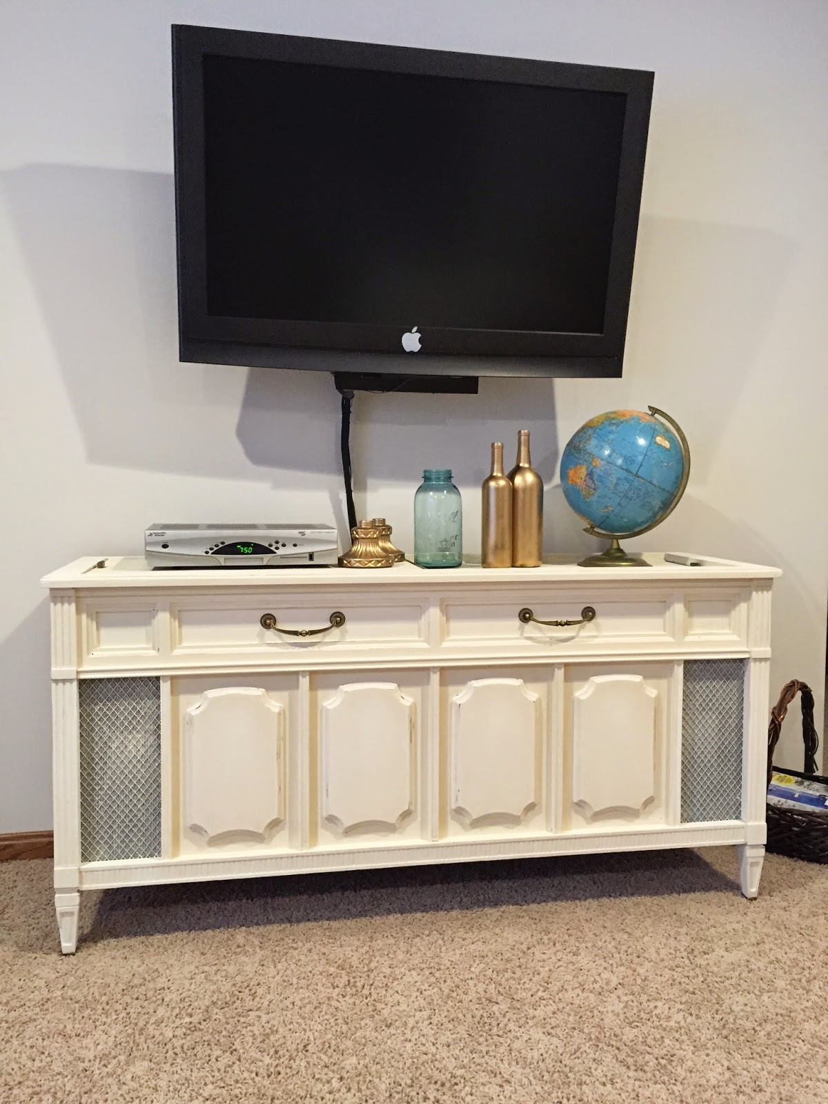 How not to DIY: Record player media console