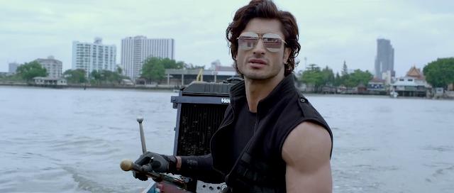 Commando 2 (2017) Hindi 720p HDRip