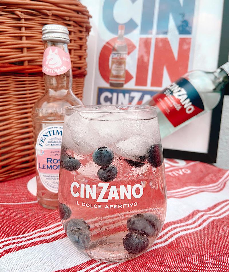 Schneller italienischer Aperitif sommerliches Getränk