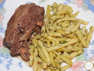 Salata de fasole verde cu carne reteta,