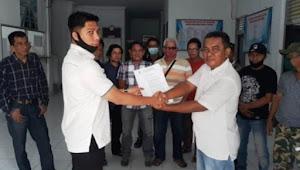 Puluhan Ketua RT/RW Duri Timur Kembalikan SK Gara-gara Honor Mereka Dipangkas