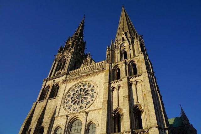 Chartres, na França: destino imperdível nos roteiros pelo Vale do Loire e pela Normandia