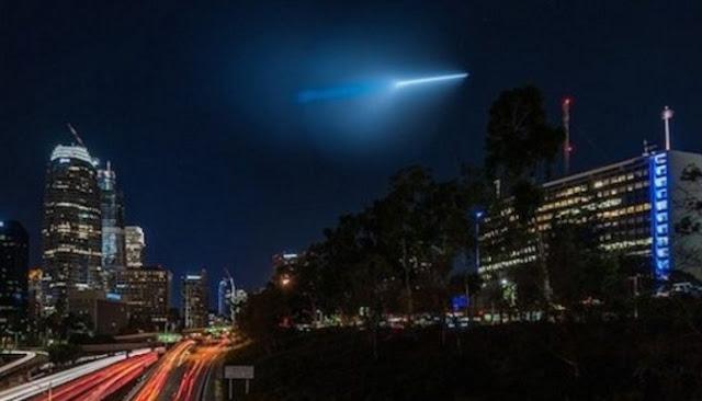 Enam Fenomena Cahaya Aneh Yang Dianggap Sebagai UFO