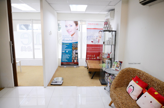 Clean, comfy clinic