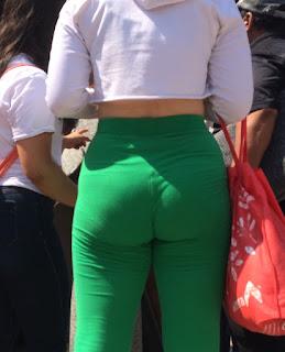 Mexicanas bonitas ropa entallada