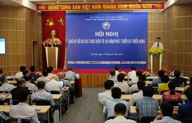 """Toàn cảnh Hội nghị """"Chữ ký số viettel hcm và xác thực điện tử: 5 năm phát triển và triển vọng""""."""