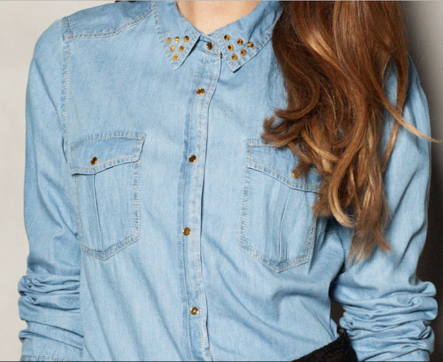 camisa_denim_tachas_oro_pull_and_bear