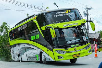 Bus Subur Jaya AMG