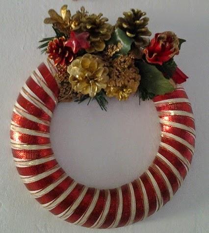 Ilcassettodigio ghirlande di natale christmas wreaths - Corone natalizie da appendere alla porta ...