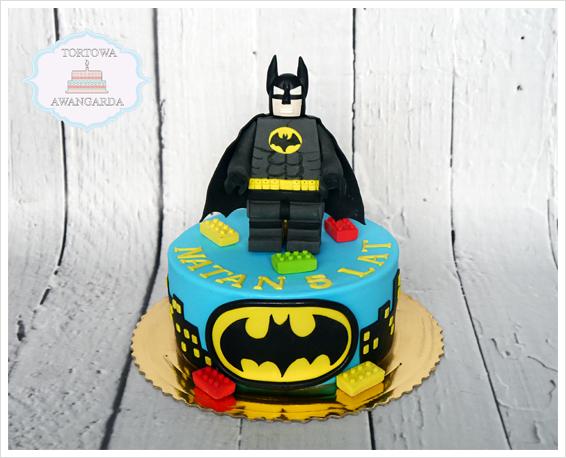 kolorowy artystyczny tort Lego Batman urodzinowy dla chłopca Warszawa