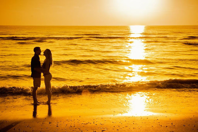 Cute Couple Love at Sea Images
