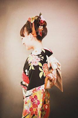 woman-in-kimuno-dress
