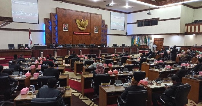 Anggota DPR Aceh Singgung Istri Kedua Plt Gubernur Gunakan Fasilitas Negara