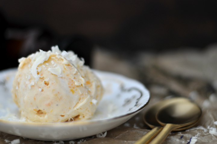 easy-peasy Apricot-Melon-IceCream, perfect for those warm summer days