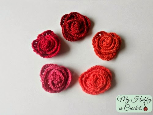 Small Crochet Roses -  Free Pattern