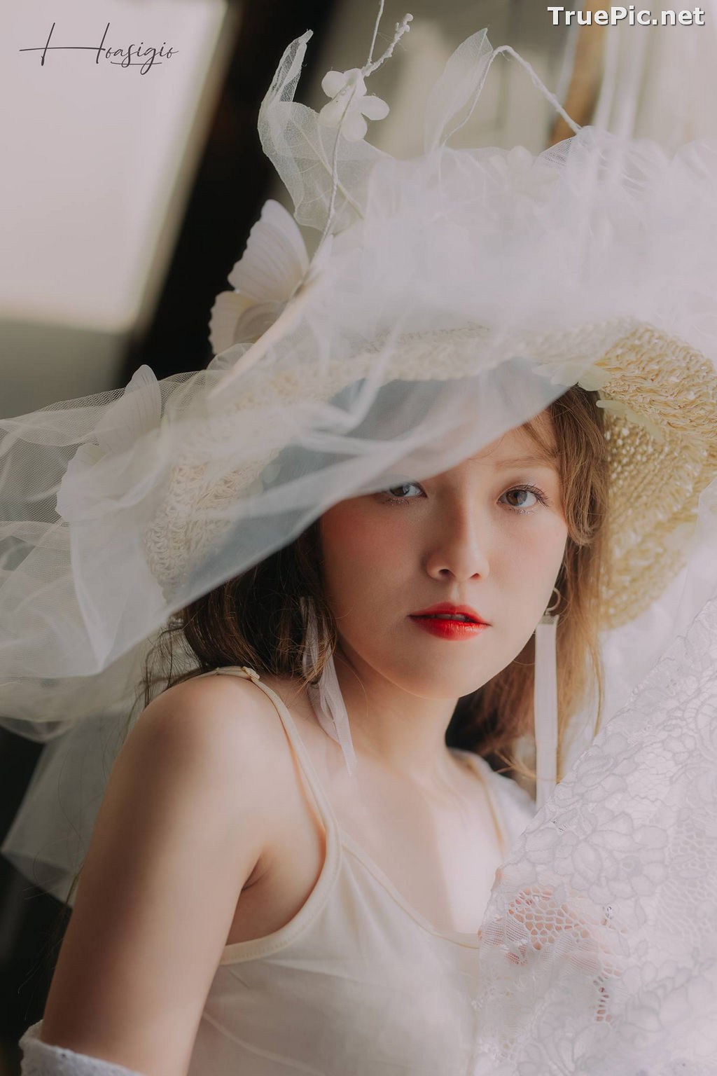 Image Vietnamese Model - Tuyet Son - White Skin and Red Lips - TruePic.net - Picture-10