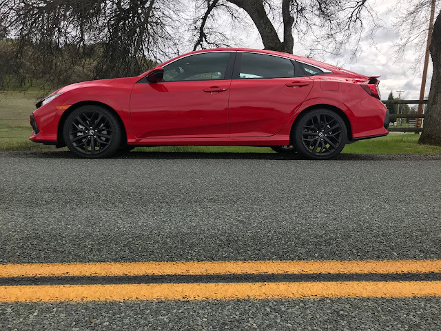 Side view of 2020 Honda Civic SI