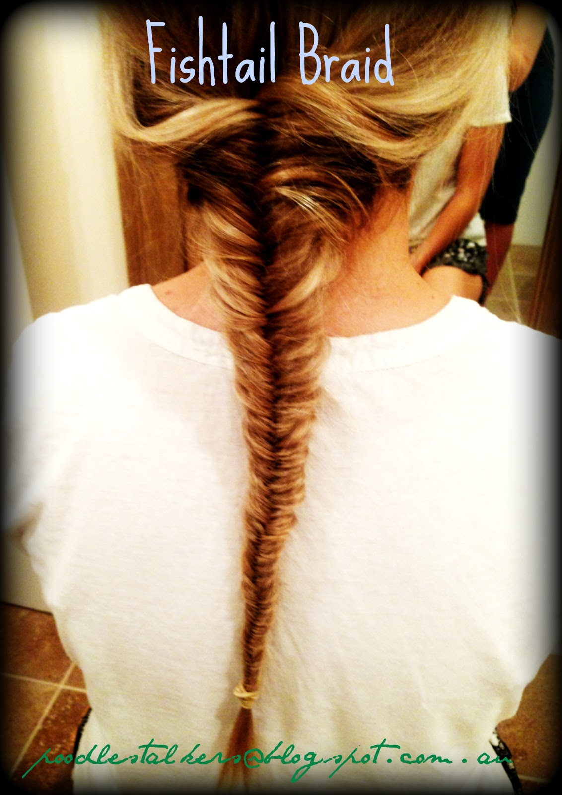 Poodle Stalkers: How to: FISHTAIL BRAID.
