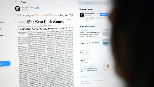 """""""Una pérdida incalculable"""": The New York Times llena su portada con los nombres de los fallecidos por covid-19"""