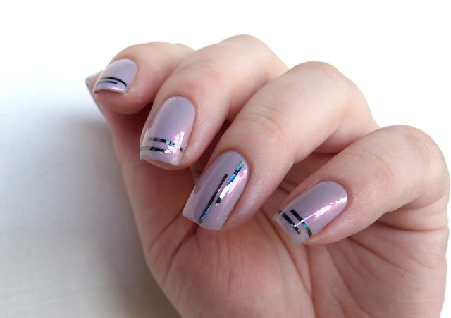 einfaches Nageldesign Striping Tape