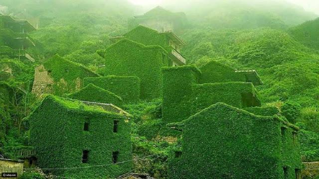 قرية صيد اسماك متصحرة علي نهر يانجتزي، الصين