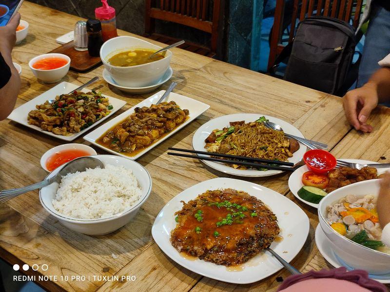 Menikmati Aneka Chinese Food Lezat dan Halal di Bakmi Surabaya Sraten Solo