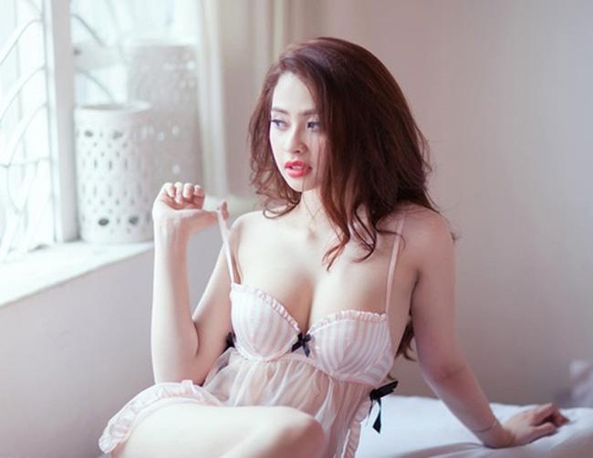 Cận cảnh vẻ gợi cảm của Hot girl Ngọc Miu – bạn gái của Trùm ma túy Hoàng béo