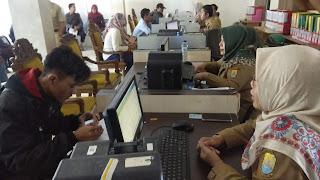 Blangko Terbatas, Capil Kab Cirebon Tetap Layani Masyarakat