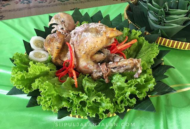 Ingkung Ayam Desa Wisata Kampung Santan