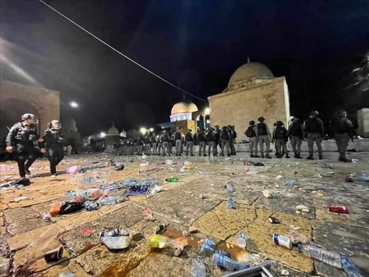 Ulama Muslim Dunia Kutuk Kekerasan Polisi Israel di Al-Aqsha
