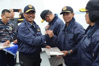 Pangdam XII/Tpr Terima Brevet Kehormatan dari Danlantamal XII/Pontianak