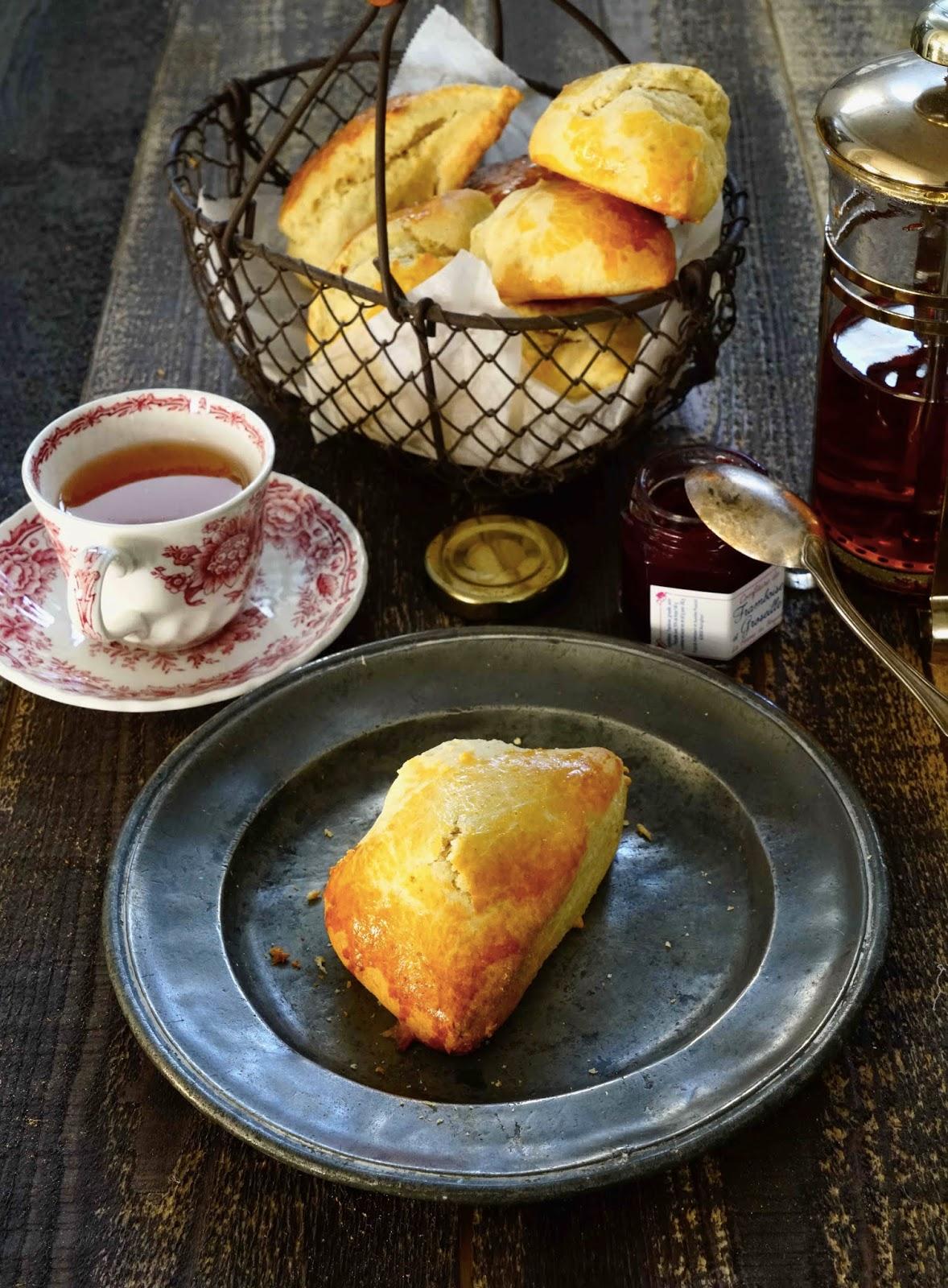 scones anglais , petit déjeuner rapide , farine d'épeautre