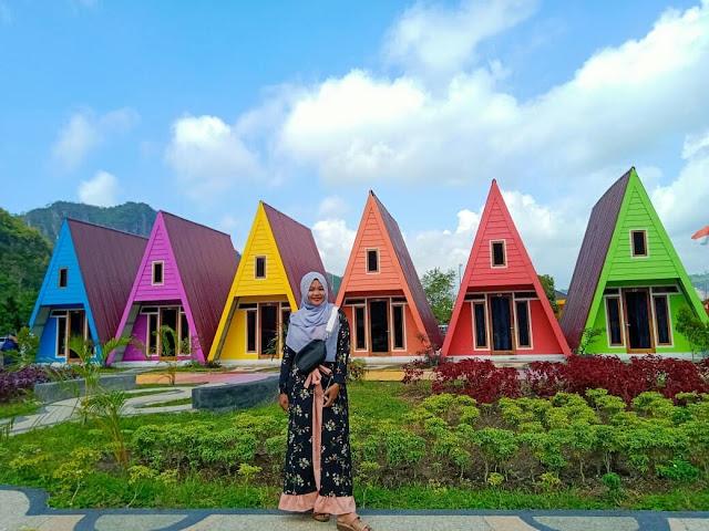Obyek Wisata Kampung Eropa Lembah Harau Sumatera Barat