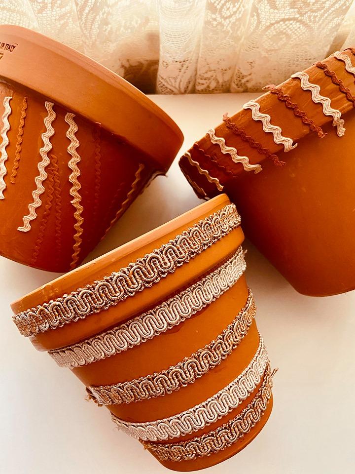 Terracotta Pot Decor | DIY Pots with Fabric Pieces