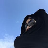 Artis Yang Berhijab Syari