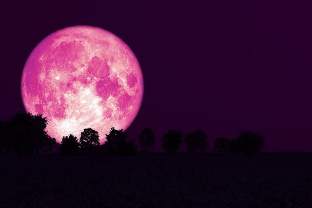 Το Super Ροζ Φεγγάρι έρχεται και είναι ένα από τα μεγαλύτερα του 2021