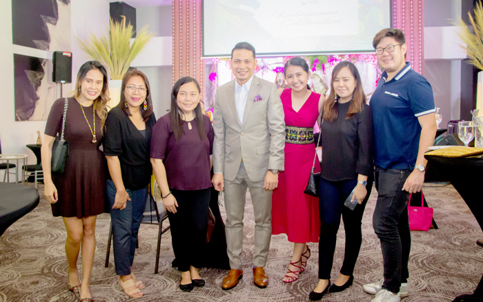 Team DDI with Seda Abreeza GM Ken Kapulong and Faith Dimaano, Comms Officer