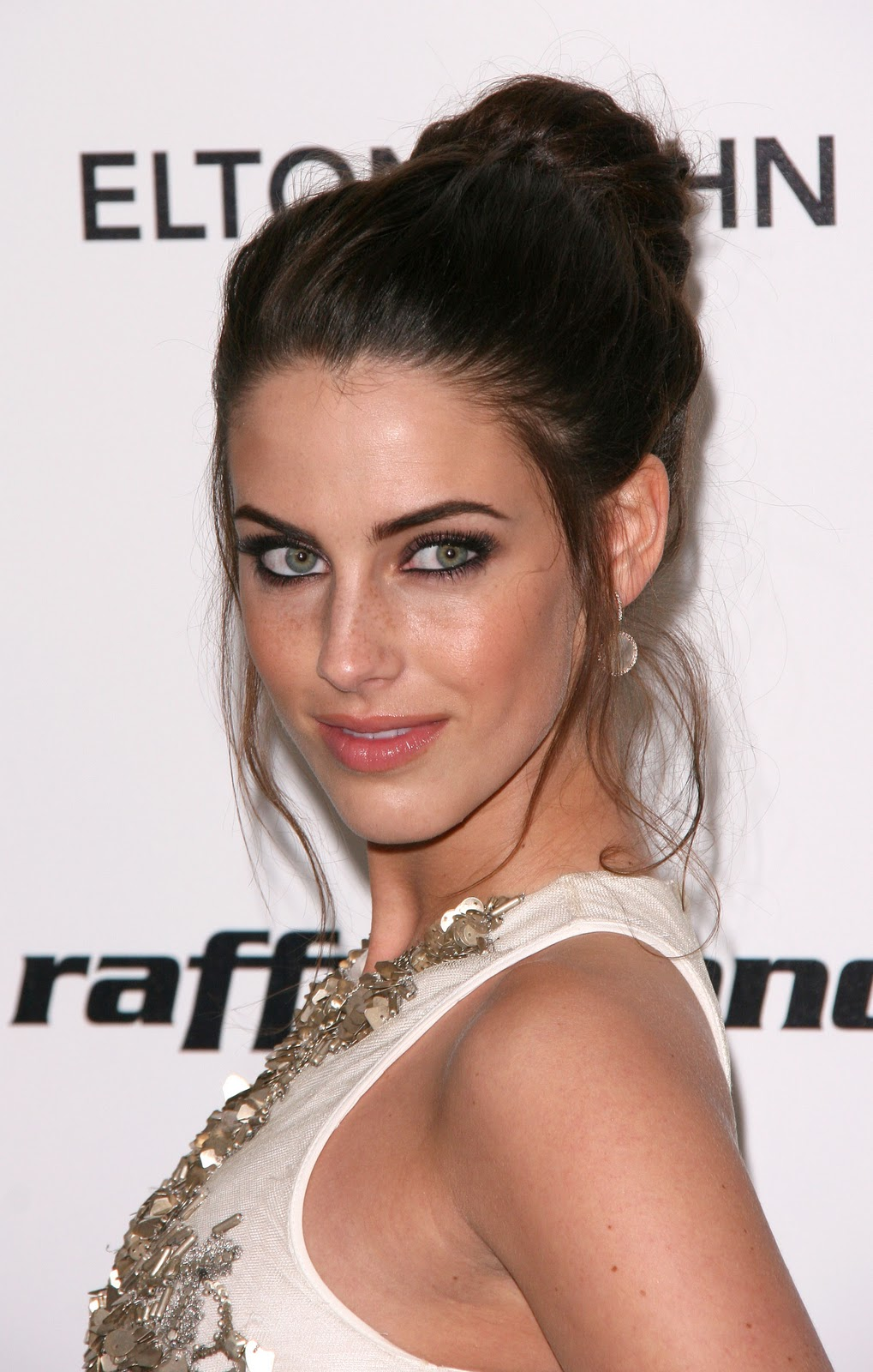 all about hollywood celebrity: jessica lowndes hairstyle