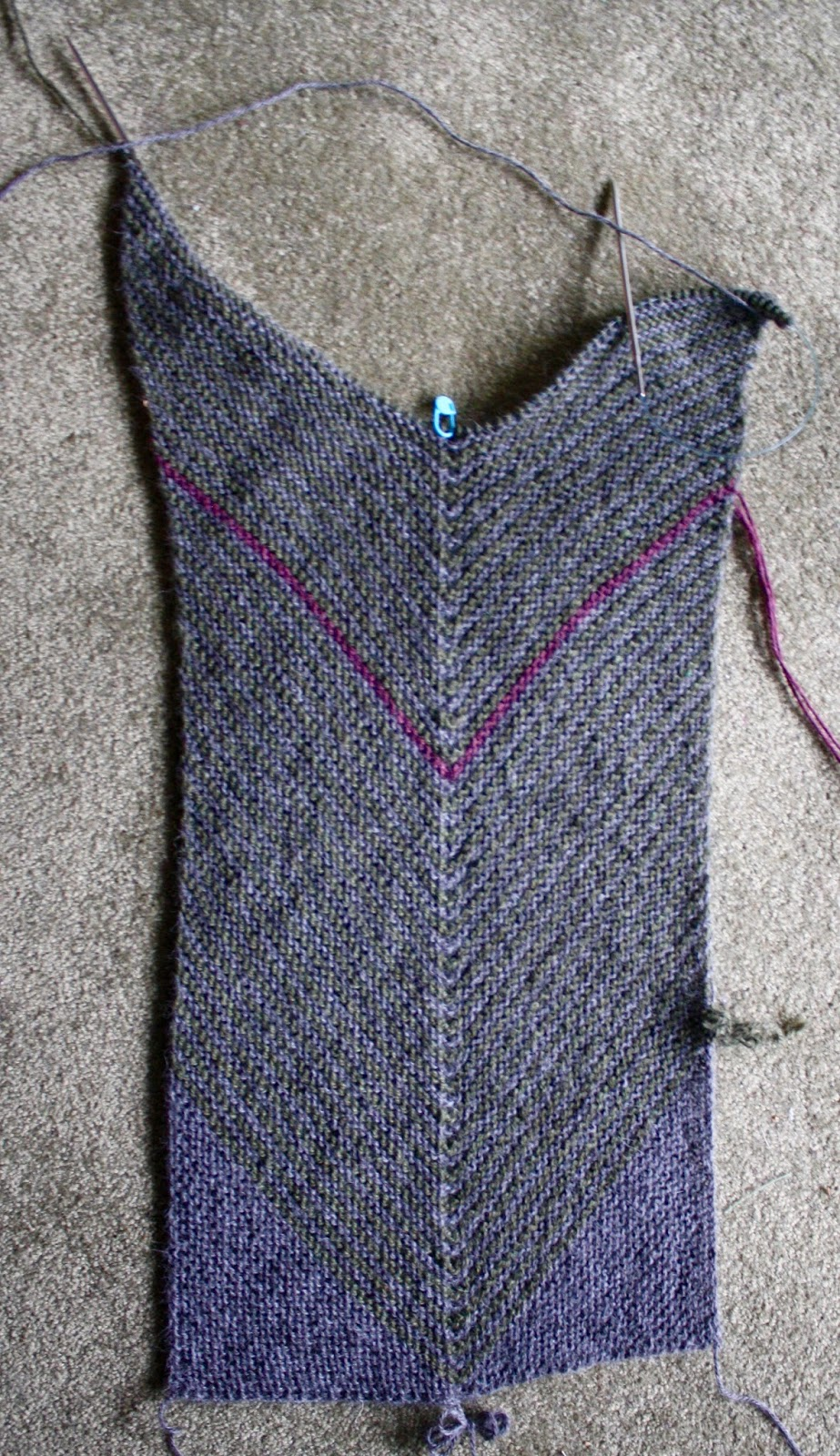 Knitting Pattern Alpaca Scarf : QueerJoes Knitting Blog: Conveying Drape