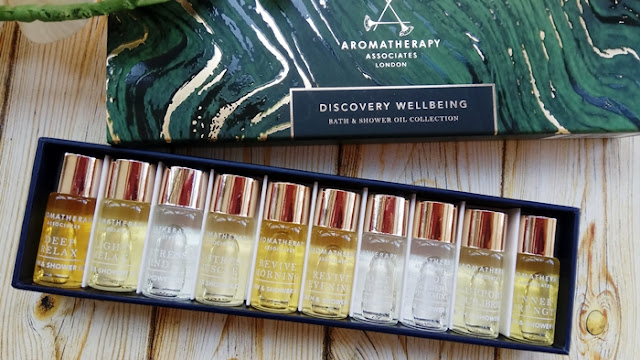 Aromatherapy Associates set miniaturas bath and shower