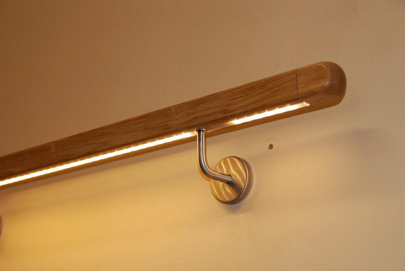 Treppenrenovierung - Handlauf mit LED-Beleuchtung