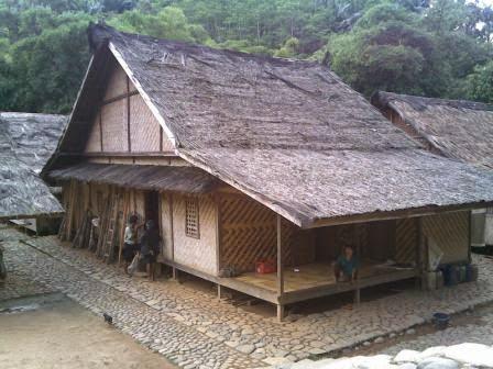Rumah Adat Badui