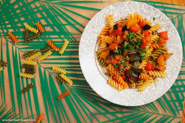 makaron z warzywami jak zrobić